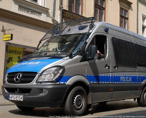 """Policja Poznań: KONKURS - """"POLICJANT, KTÓRY MI POMÓGŁ"""""""