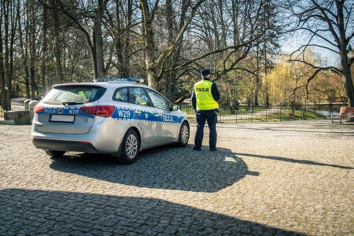 Policja Poznań: Poznań - Zatrzymany za zniszczenie kilkudziesięciu pojazdów