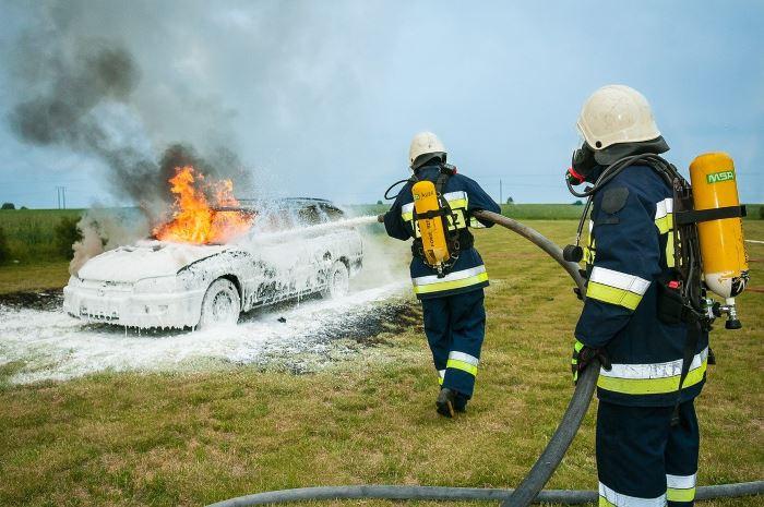 KMPSP Poznań: Pożar samochodu ciężarowego